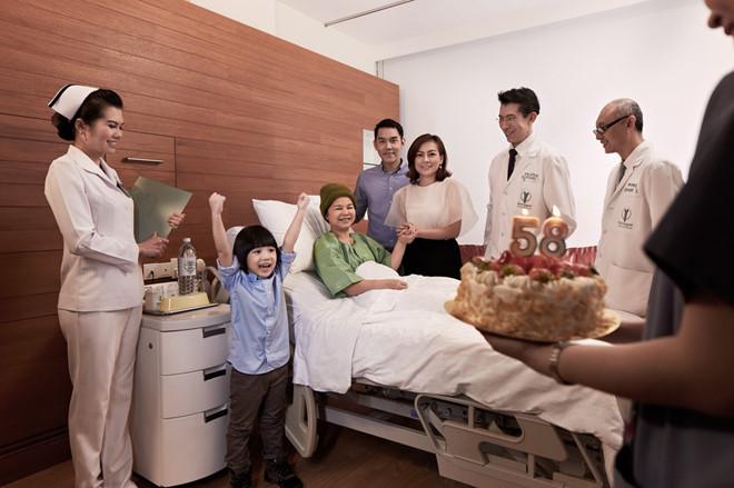 Bác sĩ Bệnh viện Bumrungrad giải đáp về ung thư đại trực tràng