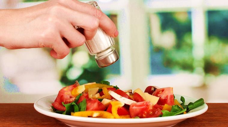 Ăn mặn ảnh hưởng sức khỏe như thế nào?