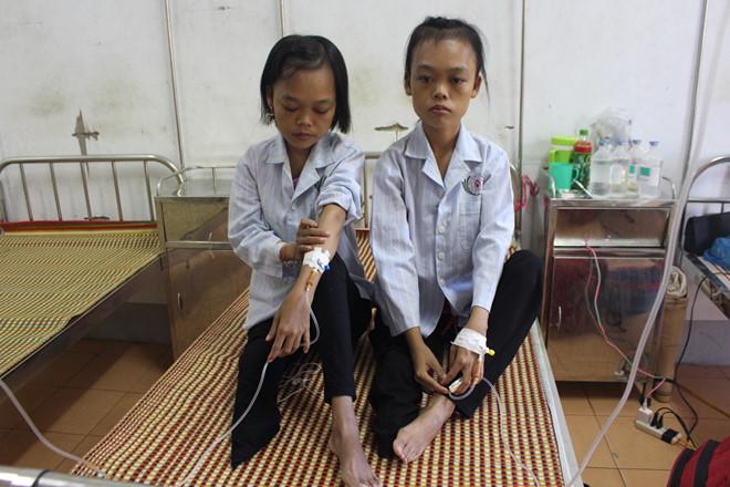 Bệnh Thalassemia: Sống cả đời phải truyền máu