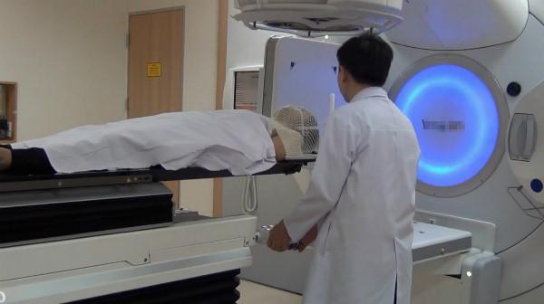 Máy chữa ung thư hiện đại nhất đã có mặt tại Bệnh viện Chợ Rẫy
