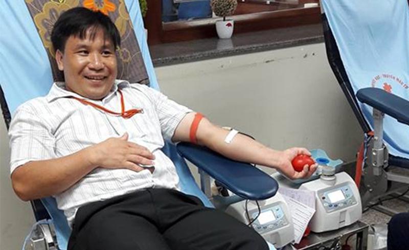Chàng đầu bếp dân tộc Tày 'nghiện' hiến máu tình nguyện