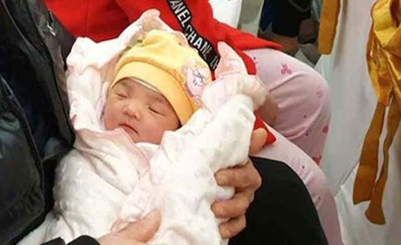 Em bé thứ 100 ra đời bằng phương pháp thụ tinh ống nghiệm