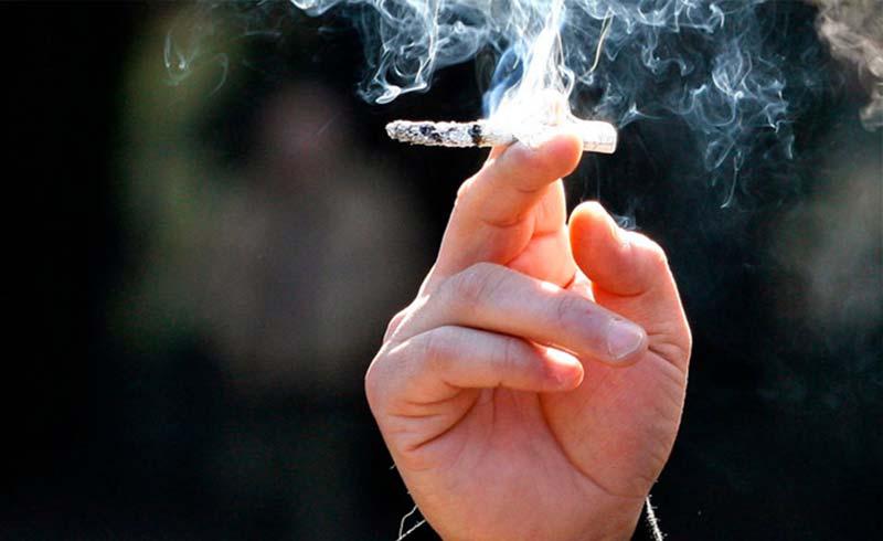 Singapore tăng tuổi hút thuốc lá tối thiểu lên 19 đầu năm 2019
