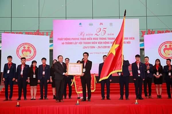 Vinh danh Hội thanh niên vận động hiến máu Hà Nội sau 25 hoạt động