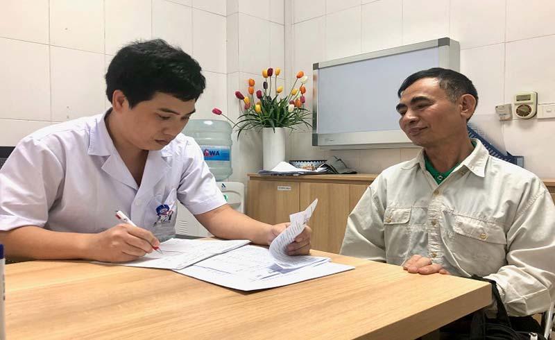 Bác sĩ chữa ung thư: 'Khó nhất là lúc báo tin dữ cho bệnh nhân'