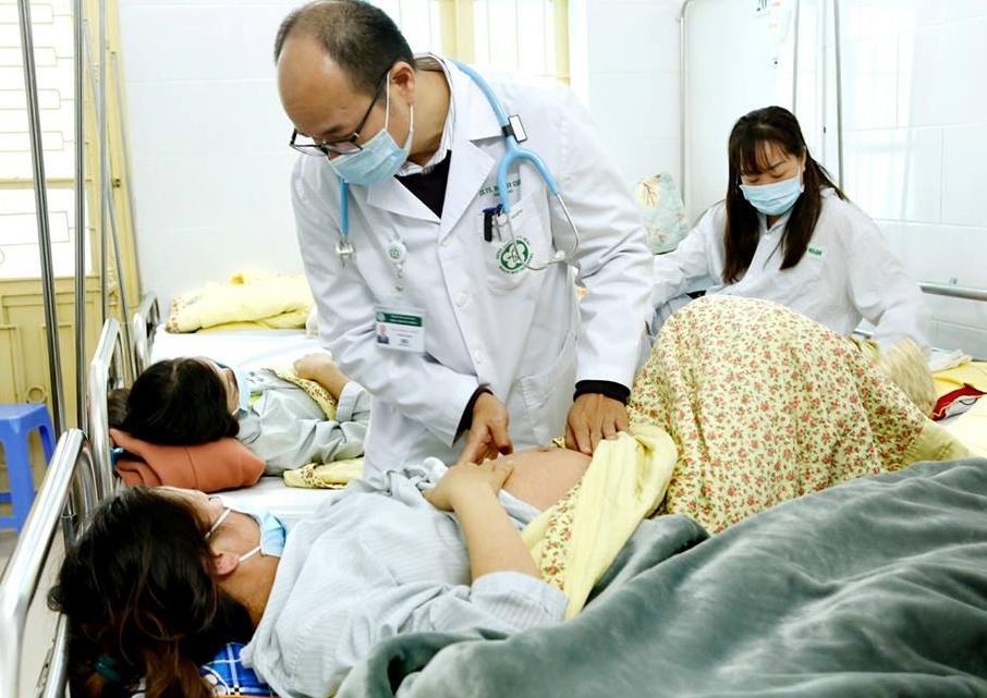 Cảnh báo nhiều người lớn nằm viện vì bệnh sởi