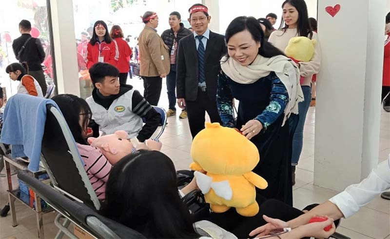 Bộ trưởng Bộ Y tế chúc mừng 25 năm thành lập Hội TN Vận động hiến máu Hà Nội