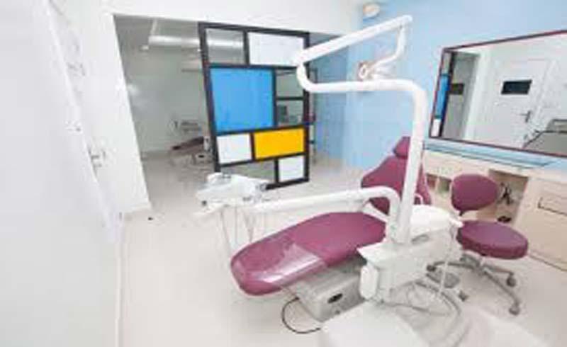 Đội ngũ bác sĩ giỏi và trang thiết bị hiện đại tại nha khoa Peace Dentistry
