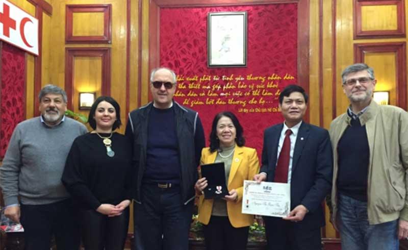 Tôn vinh Hội CTĐ Việt Nam vì các hoạt động hiến máu tình nguyện
