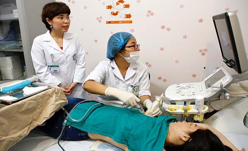 Hút chân không loại bỏ khối u vú mà không cần mổ