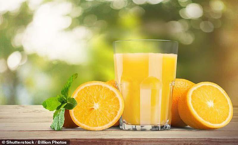 Một ly nước cam mỗi ngày làm giảm nguy cơ đột quỵ chết người