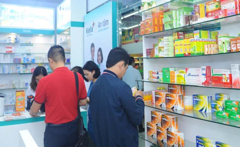 Vingroup hợp tác với tập đoàn Thụy Sĩ nhập khẩu dược phẩm