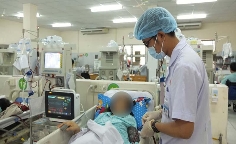 """Bác sỹ Lê Thị Đan Thùy, Trưởng khoa lọc máu BV Bình Dân cảnh báo tình trạng sử dụng thuốc giảm cân """"thần tốc"""""""