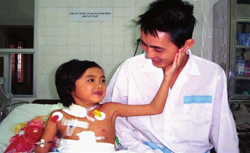 Cô gái ghép gan đầu tiên tại Việt Nam sau 15 năm