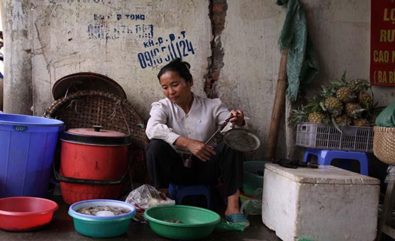 Nhiều lần chết hụt của người đàn bà mù bán cá