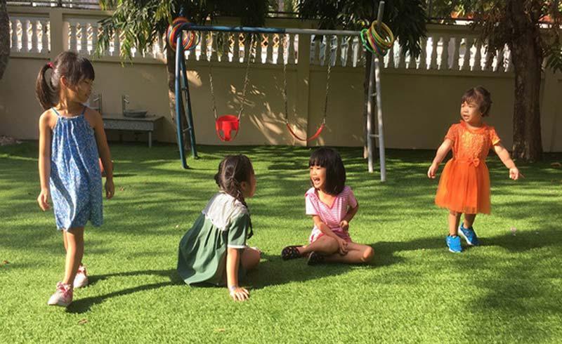 Nhiều trẻ bệnh do… thiếu nắng!