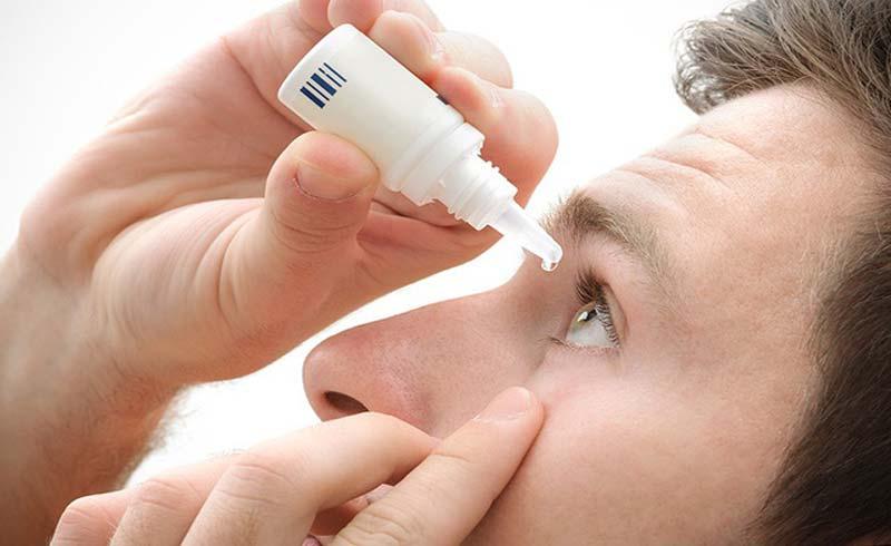 Cách nào khắc phục khi thuốc nhỏ mắt chảy vào miệng?