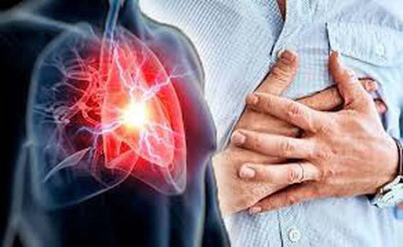 Sợ nhồi máu cơ tim do trời nóng: sơ cứu cách nào?