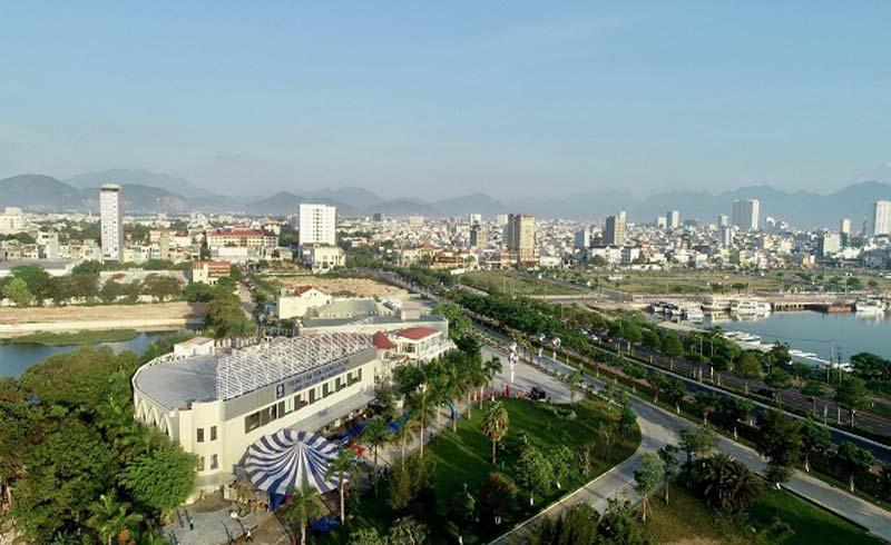 Trung tâm tiêm chủng lớn nhất nước khai trương ở Đà Nẵng