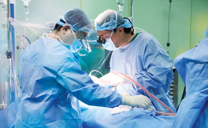 Phẫu thuật tim '3 trong 1' cứu sống người bệnh