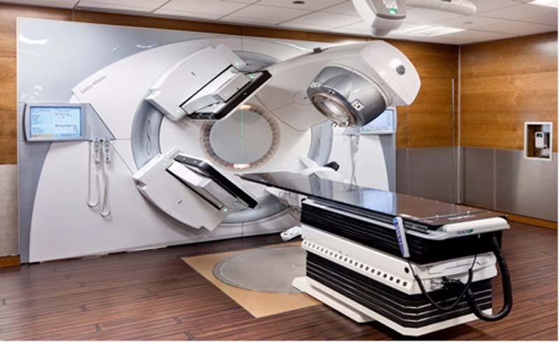 Vinmec nhập máy xạ trị từ Mỹ