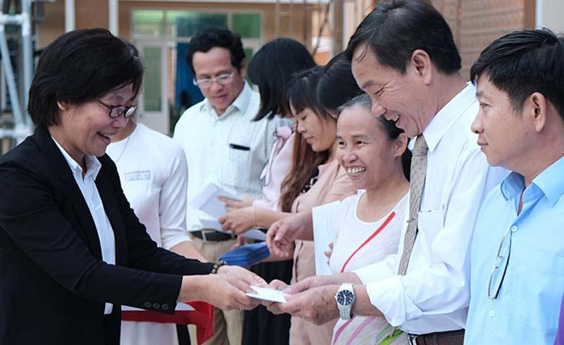 18 thầy cô cùng trường đăng ký hiến tạng