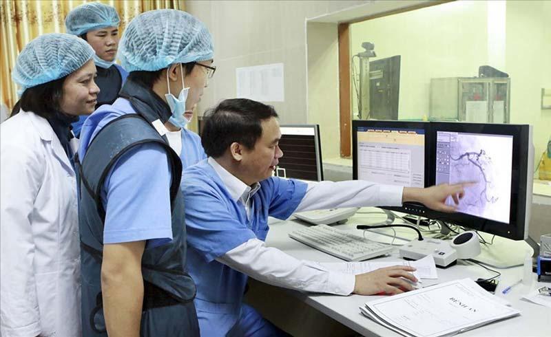 Cứu sống hàng nghìn bệnh nhân mắc bệnh lý tim mạch phức tạp
