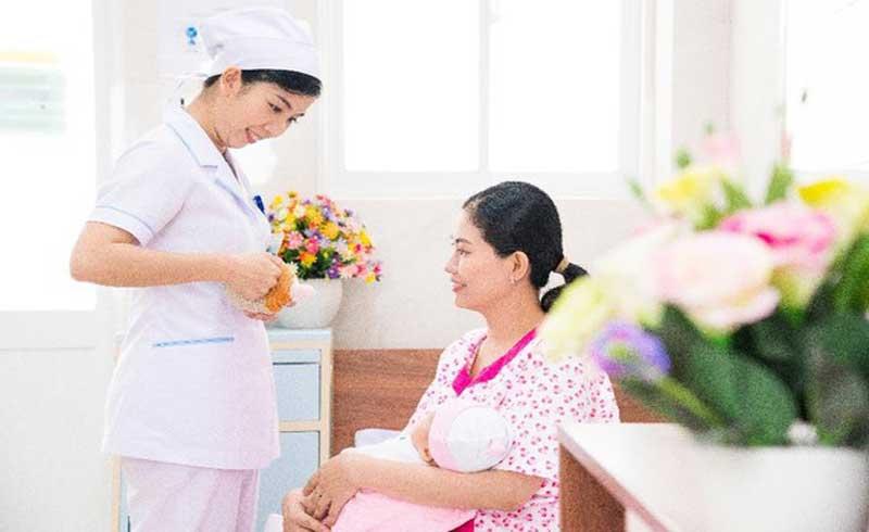 Bệnh viện đầu tiên tại TPHCM đạt danh hiệu thực hành nuôi con bằng sữa mẹ xuất sắc
