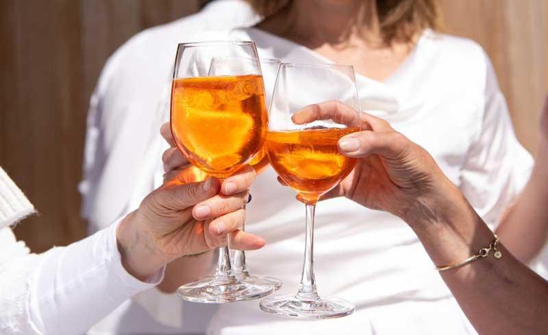Lạm dụng rượu bia gây teo não, mất trí nhớ