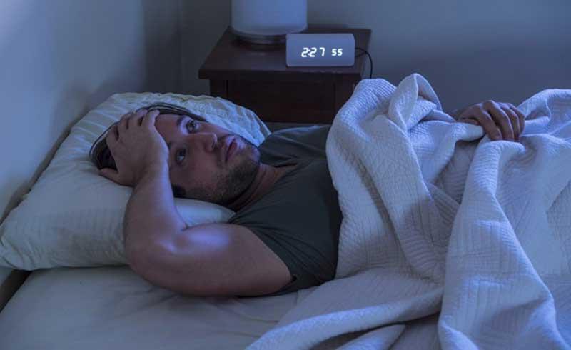 Cứ thức giấc giữa đêm vào một giờ cố định, phải làm sao?