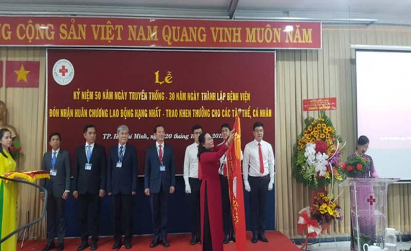 Bệnh viện Nhân dân 115 lập 7 kỷ lục Việt Nam