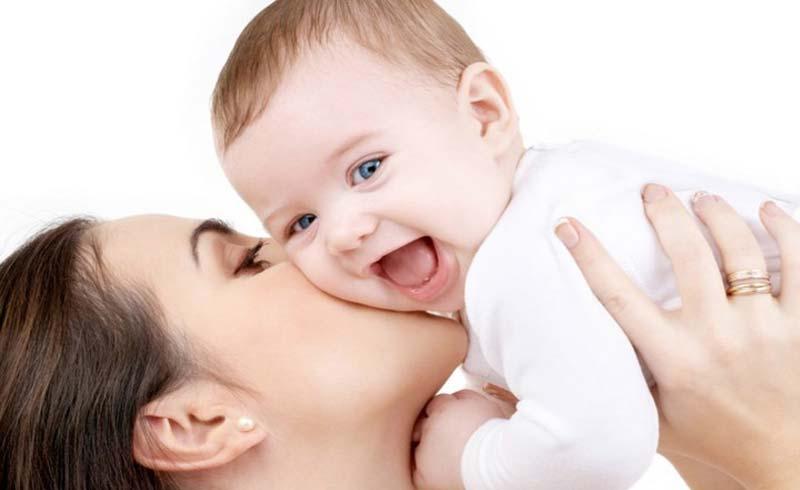 """Cha mẹ nghĩ con béo mới khoẻ, bác sĩ nói """"trẻ ít bệnh mới quan trọng"""""""