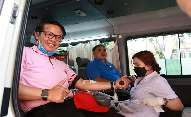 Người đàn ông nước ngoài hiến máu nhiều nhất tại Việt Nam