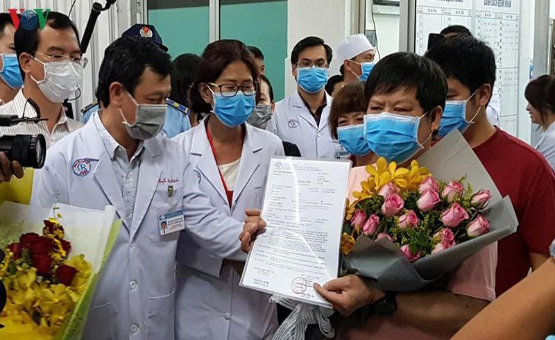 Dấu hiệu lạc quan khi Việt Nam điều trị thành công 7 ca nhiễm COVID-19