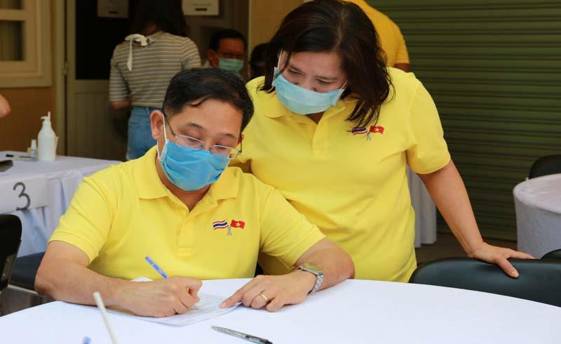 Tổng Lãnh sự quán Thái Lan kêu gọi hiến máu giữa dịch bệnh Covid-19