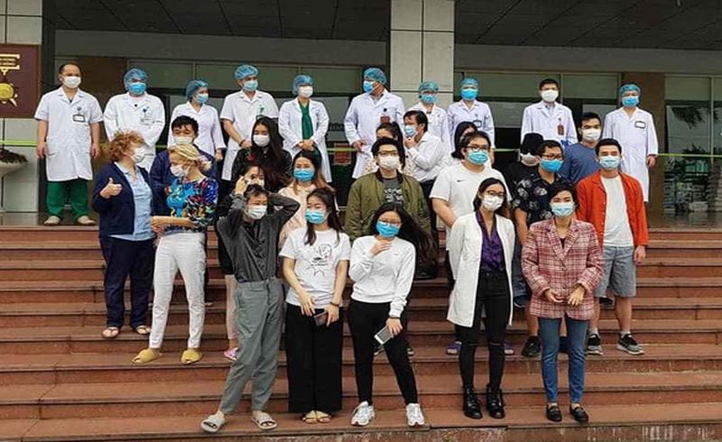 30 bệnh nhân được công bố khỏi bệnh, trong đó có bệnh nhân 17