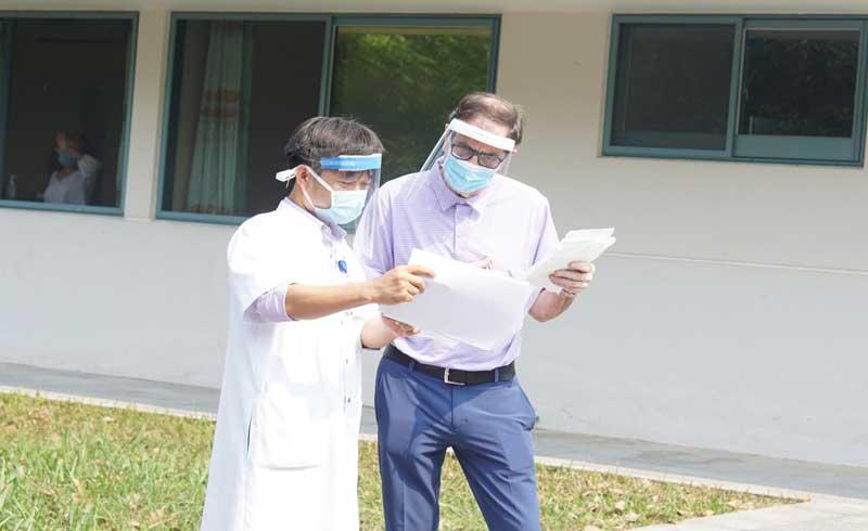 Bệnh nhân nCoV 71 tuổi xuất viện