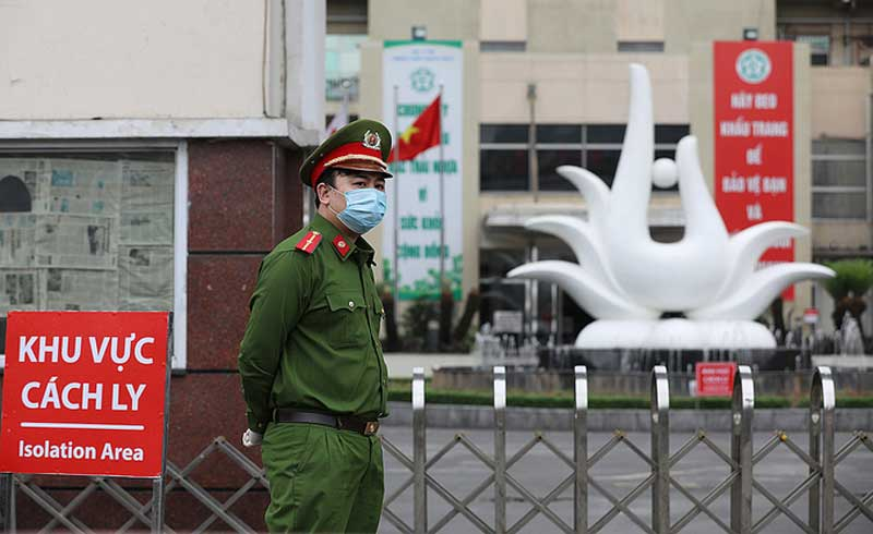 Hơn 52.000 người liên quan Bệnh viện Bạch Mai