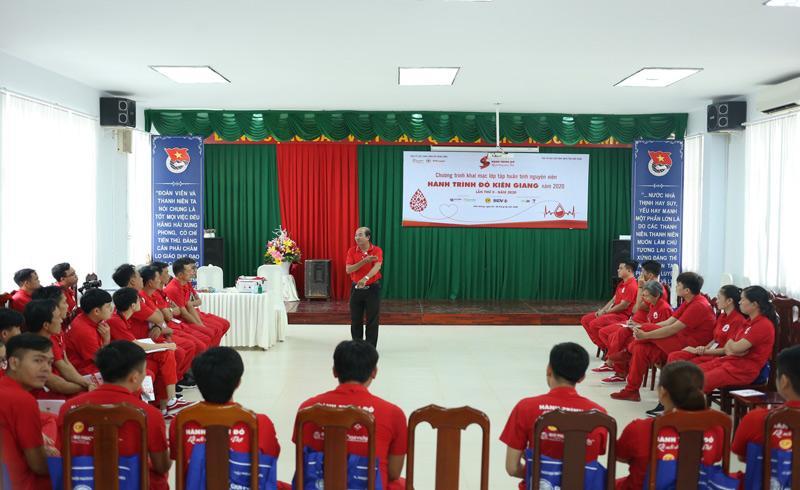 Chiến sĩ Hành trình Đỏ Kiên Giang hào hứng tham gia lớp tập huấn