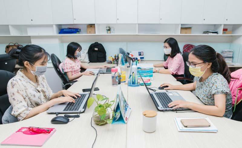 4 mẹo đơn giản giúp dân văn phòng bảo vệ sức khỏe mùa dịch