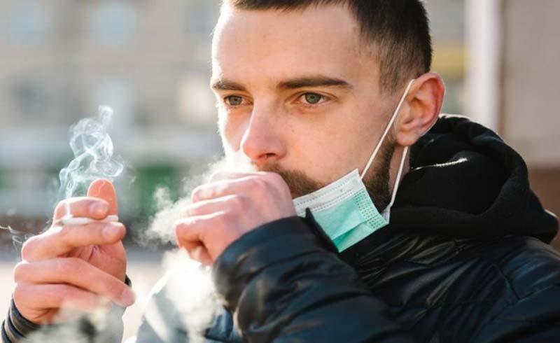 Người hút thuốc lá nguy cơ mắc Covid-19 cao gấp 1,5 lần